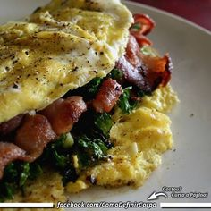 Café da manhã delícia! Servidos? Bom dia!   NA BOA, PRA QUE PERDER TEMPO... Invista seu tempo naquilo que realmente funciona: ➡ https://SegredoDefinicaoMuscular.com/ #bomdia #goodmorning #cafédamanhã #breakfast #comodefinircorpo
