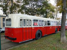 Wikimedia Commons, Buses, Austria, Vehicles, Vintage Photos, Simple Lines, Pictures, Busses, Car