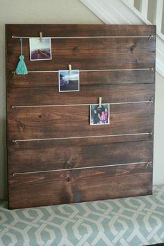 Read on to find 10 effortless DIY picture frame ideas . Photo On Wood, Picture On Wood, Diy Picture Frames On The Wall, 4x4 Photo Frame, Picture Walls, Art And Craft Design, Design Crafts, Craft Art, Marco Diy