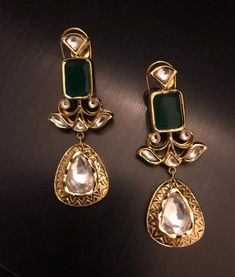 Jewelry Stores Near Me Hiring opposite Jewellery Storage Organizer next Jewellery Online Auctions Uk Gold Jhumka Earrings, Gold Earrings Designs, Gold Jewellery Design, Bridal Earrings, Jhumka Designs, Amrapali Jewellery, Hoop Earrings, Jewellery Earrings, Emerald Earrings