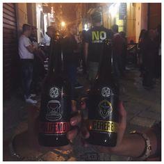 Quando le amicizie sono vere ci si ritrova a ridere e chiacchierare come sempre anche se non ci si vede spesso.. O forse è solo merito di Cerere e Polifemo  #friends #bier #drinks #crazy #love #tbt #night #blogger #fashion #fashionblogger #beautiful #cute #smile #picoftheday #photooftheday #follow #me #food #friend #vscocam #vsco #cerere #polifemo #be #beer
