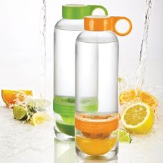 Water Bottle with Lemon Infuser - Well thats just plain awesome.