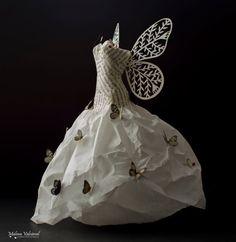 Vestido de Hada de papel  Escultura de Papel  por MalenaValcarcel