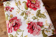 Large Rose Fabric Cotton Linen Fabric Shabby Chic by Gideonstudio