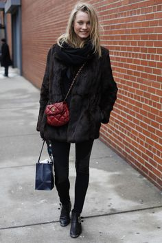 The Mannequin - love the channel crossbody!