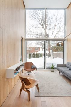 Atelier Pierre Thibault extends ageing Montreal home with double-height living space New Living Room, Living Spaces, Brick Loft, Western Decor, Modern Interior Design, Nordic Interior, Classic Interior, Home Decor Bedroom, Architecture
