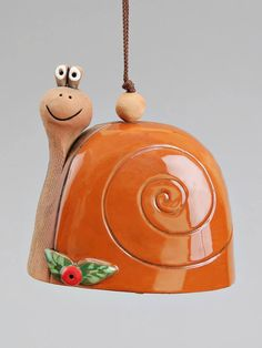 Ceramic colorful handmade animal bell: yellow bee green frog brown snail red Ladybird home decoration children mobile toy Pottery Animals, Ceramic Animals, Clay Animals, Clay Projects, Ceramics Projects, Clay Crafts, Ceramic Pottery, Pottery Art, Ceramic Art