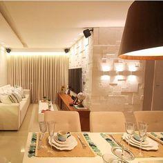 Sala projeto do seu próprio apartamento da arquiteta Larissa Catossi (@larissacatossiarquitetura ). - maisarquidecor