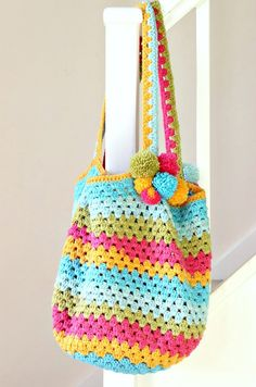 How to Crochet a Beach Bag. Free pattern