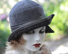Womens Great Gatsby vintage style cloche hat made in shades of grey from light to charcoal. A slightly napped fabric with thin grey accenting Flapper Hat, Flapper Style, 1920s Flapper, Art Deco Fashion, Vintage Fashion, Vintage Style, Tailoring Techniques, Great Gatsby Fashion, Wedding Dress Patterns
