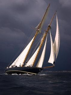 Mariette of 1915, Cannes Regatta.