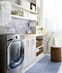 Small space: Chic and dreamy laundry room - Style At Home