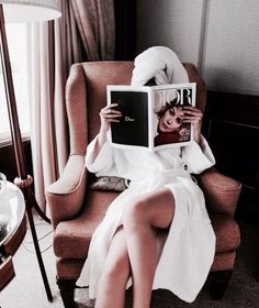 Dior images, image search, & inspiration to browse every day. Dior, Relax, Foto Pose, Lazy Days, Style Vintage, Vintage Glamour, Luxury Lifestyle, Cozy, Street Style