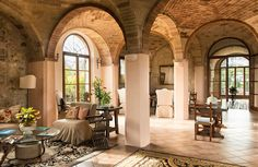 Have you considered a home in Italy? Get a full service agent who can offer advice about your mortgage, buying at auction, restoration work, and property management. Now you really can have it all! AD http://www.mytuscanyvillas.com #mytuscanyvillas