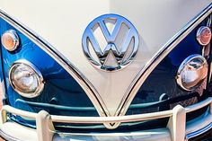 Volkswagen Images by Jill Reger - Images of Volkswagens - VW Images - 1966 Volkswagen Vw 21-window Deluxe Micro Bus Emblem