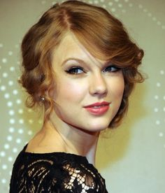 """Taylor Swift updo hairstyles - Love Hairstyle"""""""