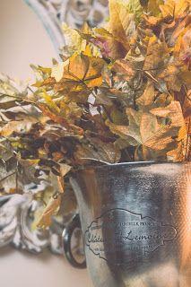 Gold Sprayed Leaves  http://robinsoncottagecollection.blogspot.com
