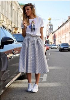 Trendy sport chic feminino If you are trying to find hairstyles that could allow Chic Outfits, Sport Outfits, Fashion Outfits, Fashion Styles, Sport Fashion, Girl Fashion, Sporty Chic, College Outfits, Dress