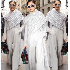 Throwing it back to all the chicness of this moment with our love in Siriano. Knit Fashion, High Fashion, Fashion Outfits, Womens Fashion, Looks Chic, Mode Inspiration, Refashion, Classic Looks, Autumn Winter Fashion