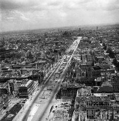 Berlijn vlak na de Tweede Wereldoorlog; een fotoserie