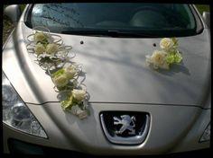 décor de voiture ventouse | Thème du mariage pendant ma formation fleuriste : bouquet de mariée ...