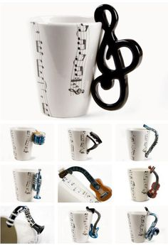 Music Mugs – diy kitchen decor Ceramic Cups, Ceramic Pottery, Porcelain Ceramic, Cute Cups, Cool Mugs, Funny Mugs, Mug Designs, Mug Cup, Coffee Cups