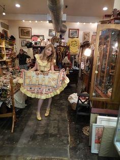 Vals Vintage Shoppe ........... Hand picked Vintage at it's finest....  www.pinterest.com/valsvintage/ www.etsy.com/shop/valsvintageshoppe