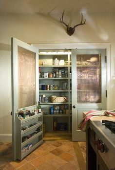10 Tips on How to Build the Ultimate Farmhouse Kitchen Design Ideas Country kitchen decor Kitchen Pantry Design, New Kitchen, Kitchen Storage, Kitchen Decor, Kitchen Layout, Kitchen Ideas, Kitchen Pantry Doors, Kitchen Pantries, Pantry Storage