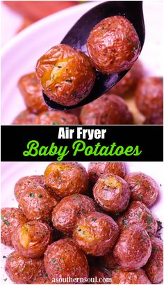 Air Fryer Baby Potatoes are tossed in butter, salt, pepper and parsley for a side dish that's irresistible. Crispy on the outside and soft on the inside these easy to make potatoes are great served for breakfast, lunch or dinner! Air Fryer Recipes Vegetarian, Air Fryer Recipes Low Carb, Air Fryer Recipes Breakfast, Air Fryer Dinner Recipes, Healthy Recipes, Easy Recipes, Healthy Meals, Healthy Food, Pie Recipes