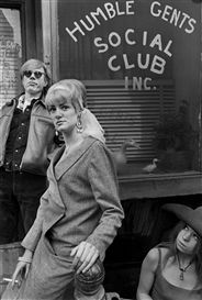 Rare photos of Warhol from a man who called him an 'asshole'