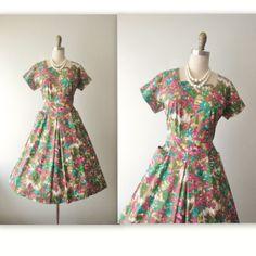 50's Floral Dress // Vintage 1950's Floral by TheVintageStudio, $72.00