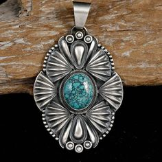 DERRICK GORDON Navajo Turquosie Necklace Pendant Sterling Silver Old Style