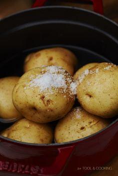 ジャガイモのシンプル塩蒸し #薪ストーブと料理
