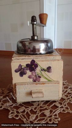 Old coffee grinder decoupage by MiKards Design
