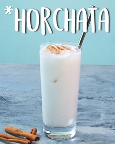 This creamy and rich homemade horchata recipe is surprisingly easy to make at home; all you need are a few basic ingredients, a blender, and a mesh strainer. Mexican Drinks, Mexican Food Recipes, Jelly Recipes, Smoothie Drinks, Smoothie Recipes, Smoothie Cleanse, Cleanse Detox, Juice Cleanse, Yummy Drinks