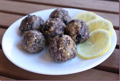 protien snack balls, Blueberry-lemon and Cocoa-berry