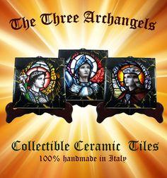 Guarda questo articolo nel mio negozio Etsy https://www.etsy.com/it/listing/530468131/the-three-archangels-collectible-tiles