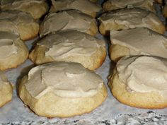 Craft Geek: Applesauce Cookies with Carmel Frosting