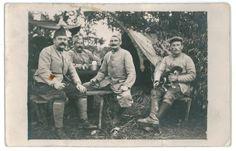 Contribution de Madame Monnié Annick, AD76 - Groupe de soldats dont Gabriel Chéron, 1num0279. Gabriel Chéron est né à Saint-Pierre-de-manneville le 16 juin 1881.
