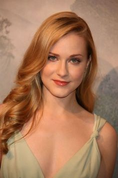 Amazing actress-Evan Rachel Wood with long, strawberry-blonde locks - Looking for Hair Extensions to refresh your hair look instantly? focus on offering premium quality remy clip in hair. Blonde Beauty, Hair Beauty, Strawberry Blonde Hair Color, Pretty Redhead, Beautiful Red Hair, Most Beautiful Women, Evan Rachel Wood, Her Hair, Blonde Hairstyles