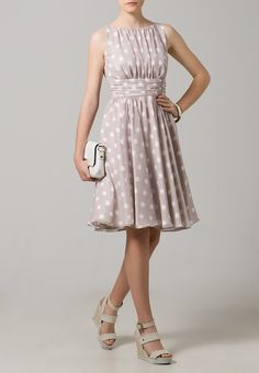 Swing cocktail dress / festive dress - lilac / white / ivory Source by blessed Lilac Dress, Festival Dress, Wedding Trends, Get Dressed, Taupe, Fashion Dresses, Cocktails, Summer Dresses, My Style