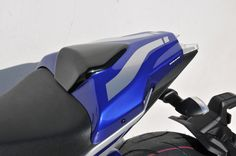 Clipped seat cowl twin colors painted