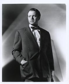 Orson Welles standing in Hand on Pocket Premium Art Print Old Film Stars, Movie Stars, Classic Hollywood, Old Hollywood, Charles Foster, Orson Welles, Bachelor Of Fine Arts, Great Films, English Style