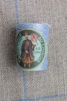 Coloured lace cotton thread Calais Cocoon n° 6750 - Sky blue
