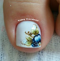 56 Modelos de Unhas de Pés e Mãos combinadas! Perfeito Wow Nails, Pretty Toe Nails, Cute Nails, Summer Toe Nails, Gold Nail Art, Great Nails, Toe Nail Designs, Nail Decorations, Nail Art Hacks