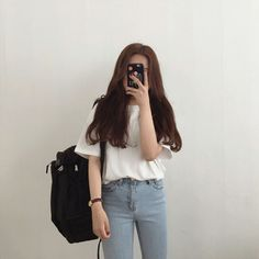 Super ideas for clothes closet mirror Korean Girl Fashion, Korean Fashion Trends, Ulzzang Fashion, Korean Street Fashion, Korea Fashion, Asian Fashion, Look Fashion, Teen Fashion Outfits, Casual Outfits