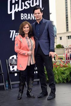 Jack White/Loretta Lynn, Music City Walk of Fame June 4, 2015