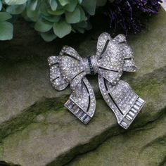crystal rhinestone vintage  3 dimentional bow hair comb # bridal hair comb