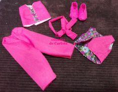 Las cucadas de Carlota y sus muñecas: Patrón Nancy: Pantalón largo, camiseta, chaleco, zapatos, turbante Jeffrey Campbell, Peep Toe, Patterns, Blog, Fashion, Girl Doll Clothes, Toddler Girls, Vestidos, Barbie Costumes