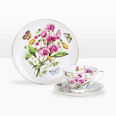 I got a thing for sweetpeas. Considering these as well.  #zarahome #dishes #teacup
